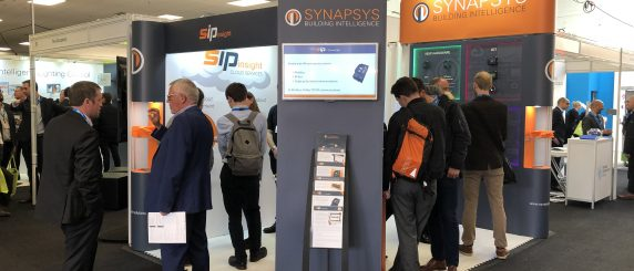 Synapsys stand